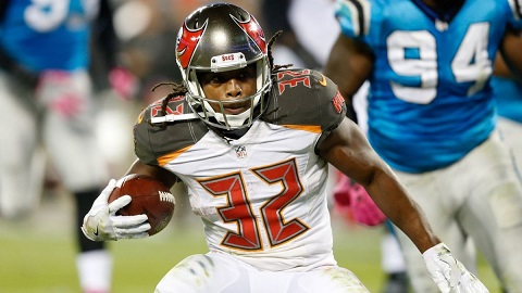 101116-nfl-tampa-bay-buccaneers-jacquizz-rodgers-vresize-1200-675-high-76
