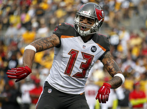 PITTSBURGH, PA - SEPTEMBER 28: Mike Evans #13 of the Tampa Bay Buccaneers looks on during the game against the Pittsburgh Steelers on September 28, 2014 at Heinz Field in Pittsburgh, Pennsylvania. (Photo by Justin K. Aller/Getty Images)